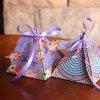 Le mariage triangulaire personnalisé de cadre de papier de Bonbonniere de pyramides de boîte à sucrerie d'impression de couleur fournit en gros