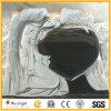 Main noire faite sur commande de granit de l'Inde découpant la pierre tombale de pierre tombale de monument d'ange