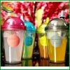 Copos de plástico promocional com palha coloridos