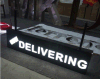 Panneaux acryliques colorés en acrylique Push Thru LED pour le signe Shop Sign Store