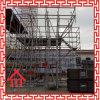Marco de acero del andamio de la construcción