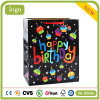 Geburtstag-Kuchen-Kerze-Kleidung bereift Spielzeug-anwesendes Geschenk-Papierbeutel