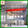Здания мастерской стальной рамки индустрии с краном
