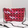 Sacchetto di Tote d'argento geometrico rombico rosso delle catene dell'unità di elaborazione della Rosa (16A060-11)