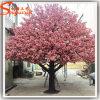 Árvore cor-de-rosa artificial falsificada ao ar livre da flor de cereja