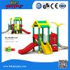 Kind-Sport-Spiel-Geräten-im Freienspielplatz