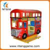 Máquinas de juegos rojas del paseo del cabrito de /Train del omnibus