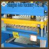 Rolo automático da folha da telhadura que dá forma à máquina