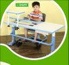 Tabela de madeira das crianças da mobília dos miúdos do mecanismo ajustável da altura