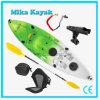 安い回転鋳造物のプラスチックボートの海は上釣カヤックのカヌーで置かれる