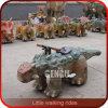 Paseos del dinosaurio del equipo del parque temático