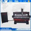 El MDF sube a la máquina de grabado de madera del CNC