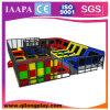 Sosta dell'interno del trampolino di grande gioia con Ce (QL-17-14)