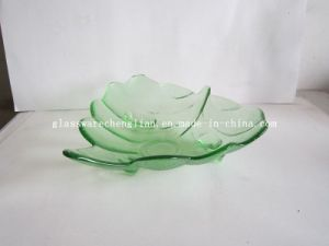 Solid Color Leaf-Shape Glass Plate (P-015) pictures & photos