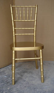 Wood UK Style Gold Chiavari Chair, Tiffany Chair with Cushion pictures & photos