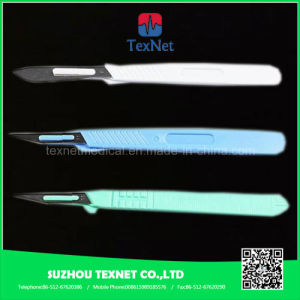 Disposable Surgical Scalpel with Plastic Handle pictures & photos