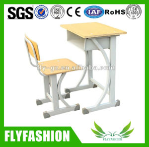 School Furniture Height Adjustable Student Desk and Chair Set pictures & photos