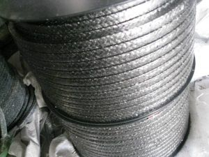 Flexible Graphite with Carbon Fiber in Corners Reinforced Braided Packing pictures & photos