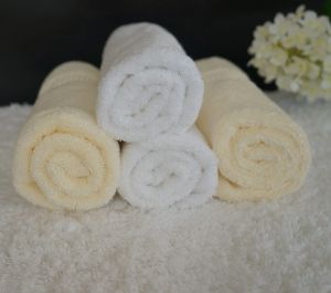 Factory Price 100% Cotton White Towel Sold at a Lose pictures & photos