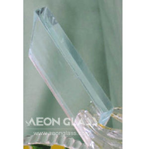 3mm/3.2mm/4mm/5mm/6mm/8mm/10mm/12mm/15mm/19mm Low Iron Float Glass pictures & photos