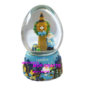 Polyresin Custom Souvenirs of UK London Snow Globe pictures & photos