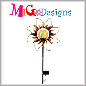 Sunflower Design Solar Powered Outdoor Garden Stake Color Light pictures & photos