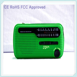 Weather Radio with Am/FM Flashlight Solar and Crank Power Green (HT-555) pictures & photos