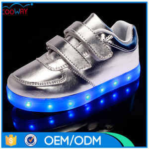 Low MOQ PU Leather Upper Glowing Shoes Casual Style