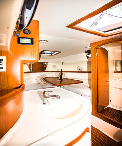 30′ Ce Certification Fiberglass Speed Sport Luxury Boat Fishing Yacht pictures & photos