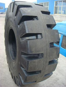 Tubeless Tyre 35/65-33 45/65-45 Heavy Loader Tyre for Mine, L5 OTR Tyre pictures & photos