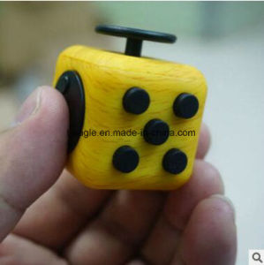 2017 Hot Sale New Desk Toy Anti Stress Fidget Cube pictures & photos