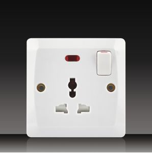 1 Gang Wall Switch with Mf Socket (BK13) pictures & photos