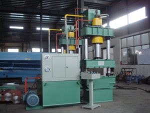 PLC Control Y32 1000t Series 4 Columns Hydraulic Press Machine pictures & photos