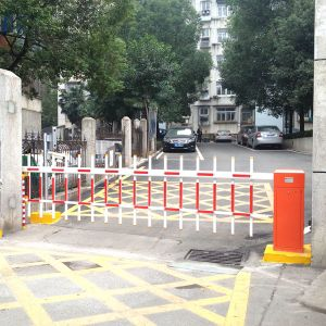 Dubai Hot Selling Electronic Parking Barriers or Barrier Gate for Car  Parking