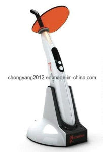 Professional Woodpecker Dental LED Curing Light pictures & photos