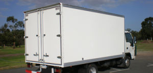 FRP Dry Box Truck Body/Insulated Truck Body Sandwich Panels pictures & photos