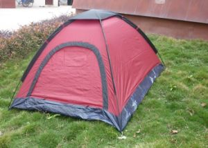 170t Polyester Single Skin 2 Person Camping Tent with D Door (MW4026) pictures & photos