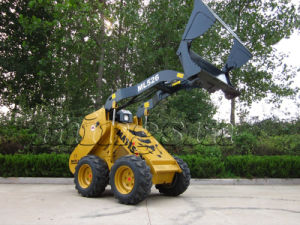 Mini Skid Steer Loader/ Small Wheel Loader Engineering Machines (ML526) pictures & photos