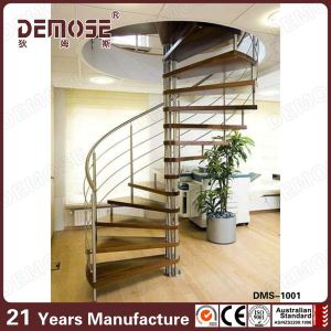 Prefabricated Wood Tread Spiral Staircase (DMS 1001)