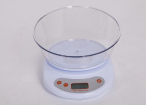 Personal Cooking Use Digital Electronical Kitchen Scale pictures & photos