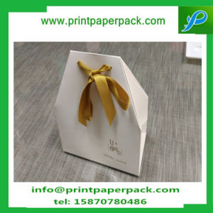 Ivory Luxury Sweet Heart Favours Paper Boxes with Ribbon Wedding Decor pictures & photos