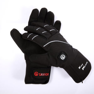Outdoor Sports Heated Glove for Winter pictures & photos