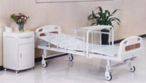 Hospital Manual Bed, Two Functions with a Rolling Dining Table (XH-B-14) pictures & photos