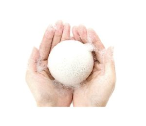 Hot Selling Bamboo Charcoal Konjac Sponge pictures & photos