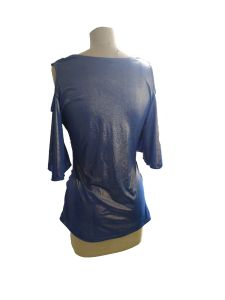 Latest Shiny Blue V-Neck 3/4 Sleeve Women′s T-Shirt pictures & photos