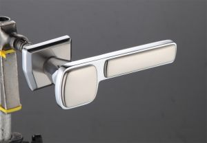 Hot Zinc Alloy Door Lock Handle (Z0-19236 CPS)