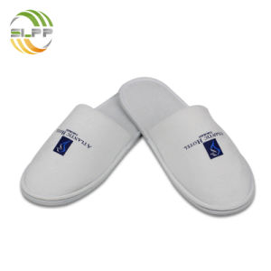 8c18c4bb2a China White Disposable Hotel SPA Use Custom Printed Slipper - China ...