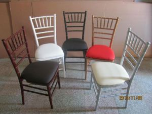 Stacking Chiavari Silla, Tiffany Chair with Cushion pictures & photos