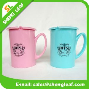 New Design Promotion Gifts OEM Plastic Travel Mug (SLF-PM013)