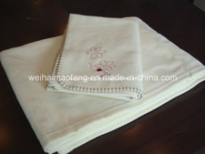 Woven Pure Cotton Baby Blanket pictures & photos